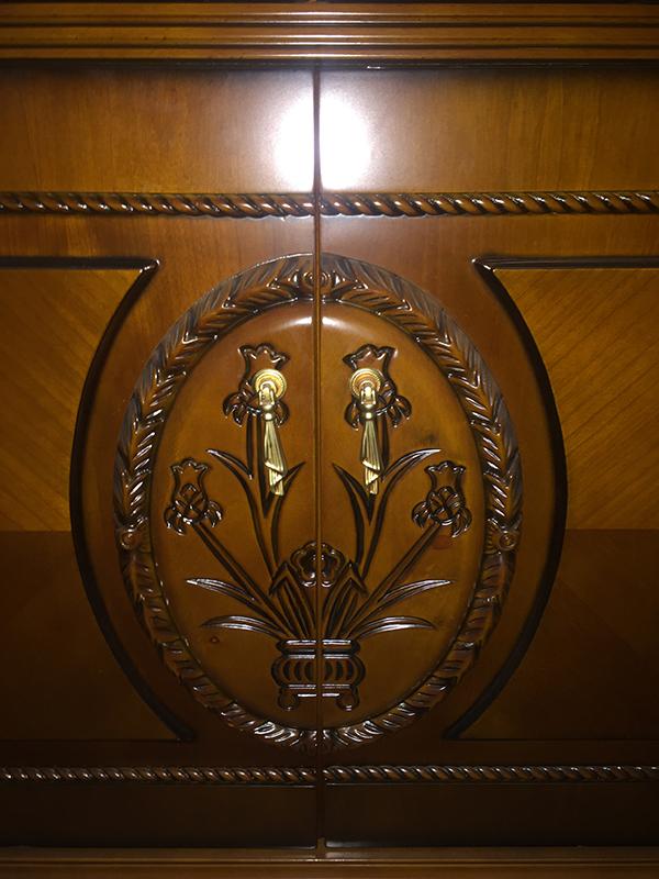Витрина 4-х дверная LC002