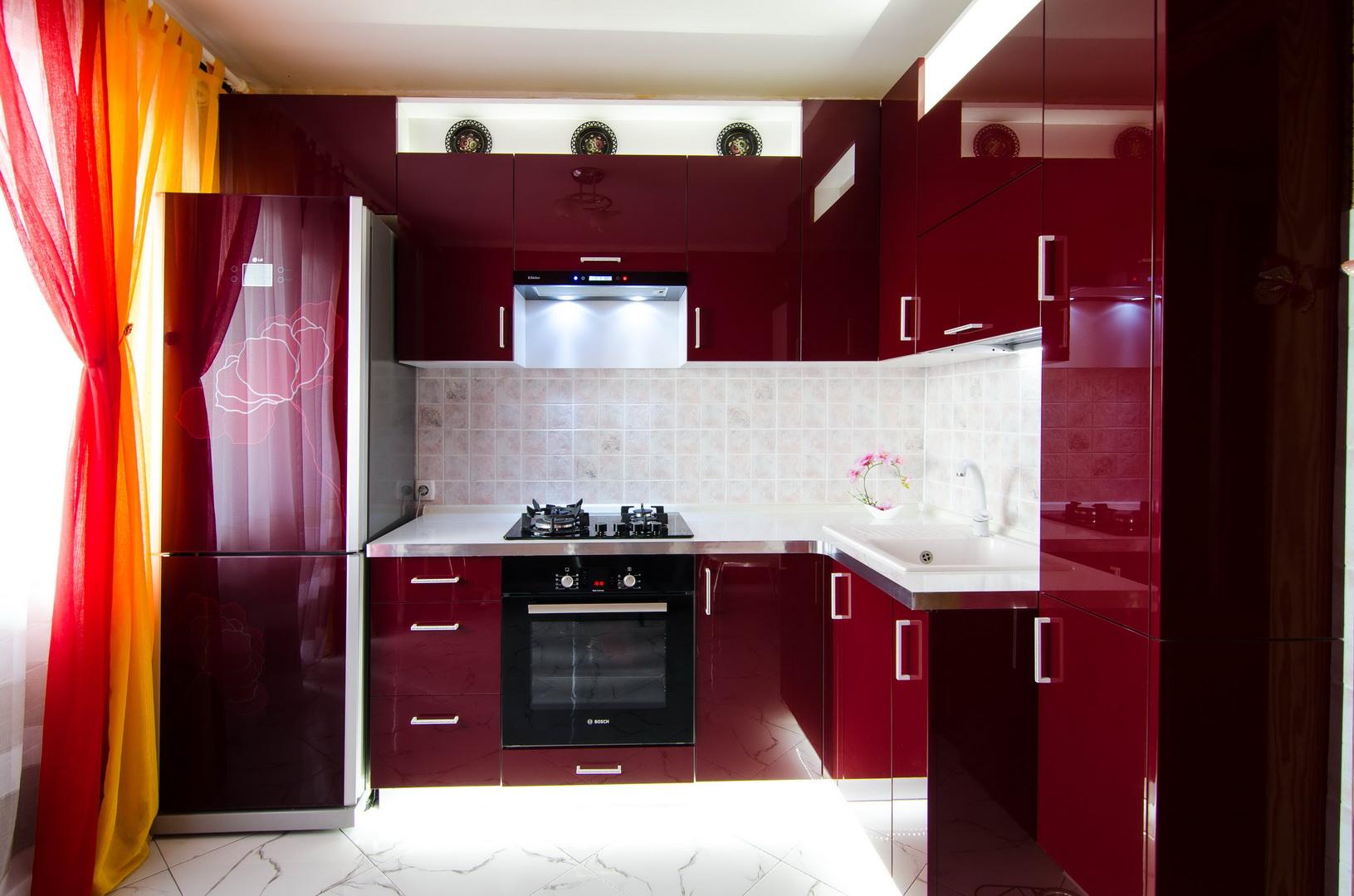 Готовая кухня Сиена цвет вишня