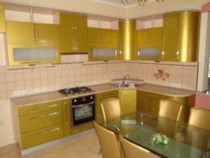 Кухня Сиена с фасадом Fundermax / золотая