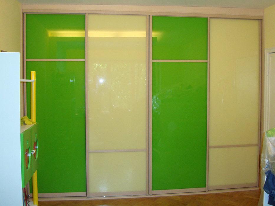 4-х дверный зелёный шкаф-купе