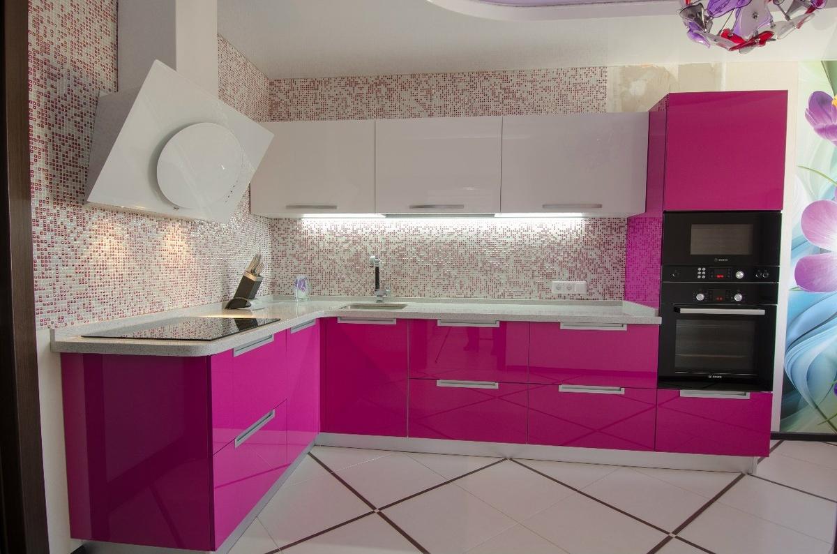 Кухня Сиена с глянцевой отделкой / розовая