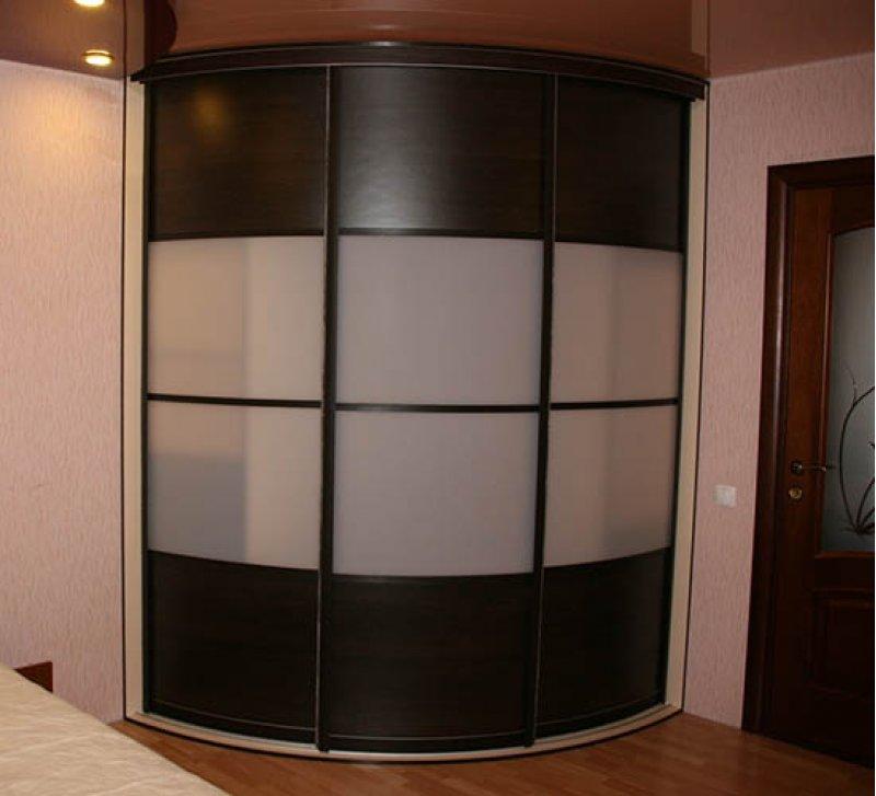 3-х дверный радиусный шкаф-купе