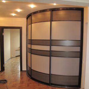 3-х дверный радиусный шкаф-купе в прихожую